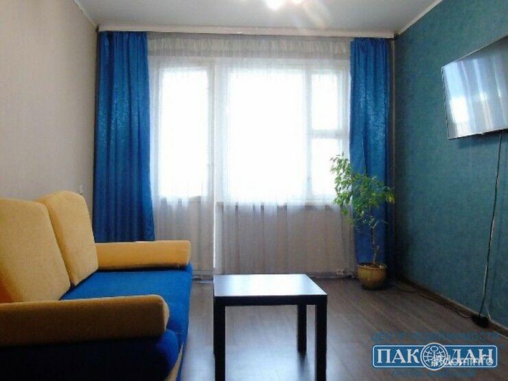 1-комнатная, Минск, Тикоцкого ул. — фото 1