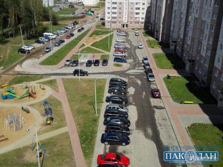 3-комнатная, Боровляны, 40 лет Победы ул. — фото 1