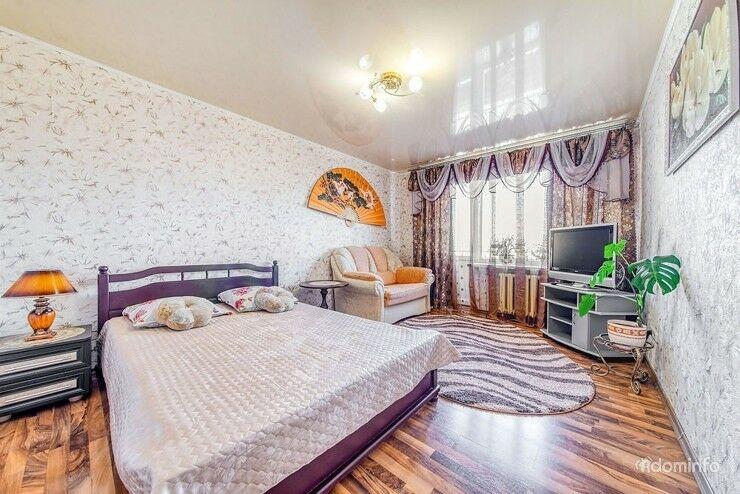 Сутки-часы!!!2х комнатная квартира недалеко от центра ст.метро Грушевка.Минск. — фото 1